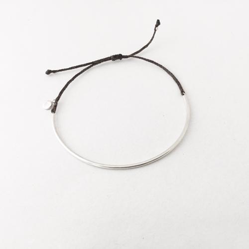 bar on thread bracelet
